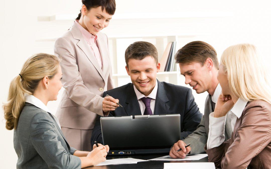 Why procurement professionals should use social media