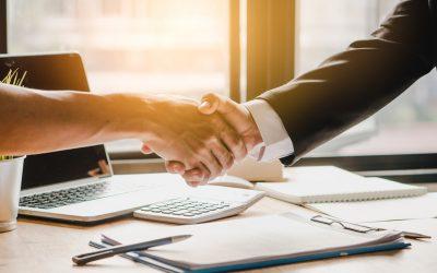 How can blockchain improve procurement recruitment?